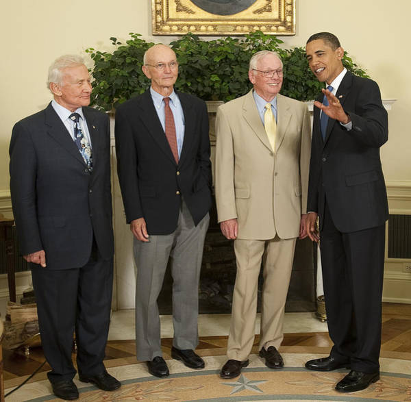 Photograph - President Obama Meets Apollo 11 Crew by Science Source