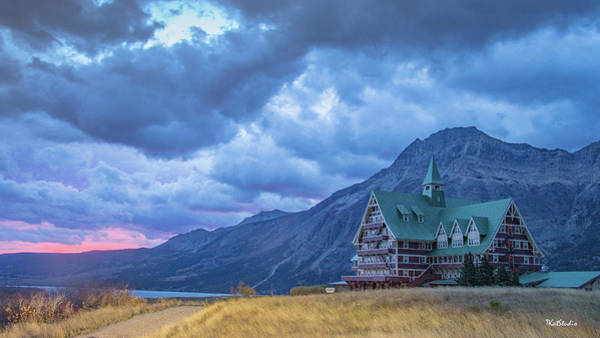 Photograph - Prince Of Wales Hotel At Sunrise by Tim Kathka