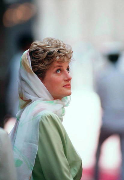 Wall Art - Photograph - Princess Diana In Egypt by Tim Graham