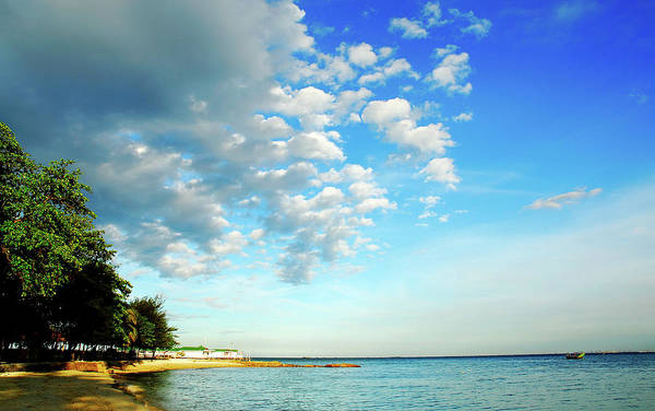 Jakarta Photograph - Pulau Seribu by Barry Kusuma