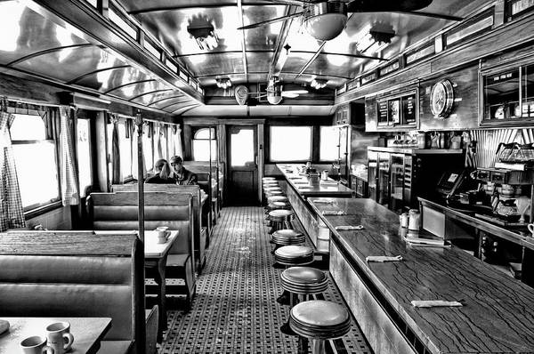 Photograph - Queechee Diner by Thomas Gaitley