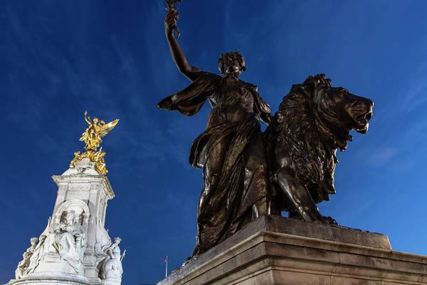 Wall Art - Photograph - Queen Victoria Memorial Fountain Blue Hour  by John McGraw