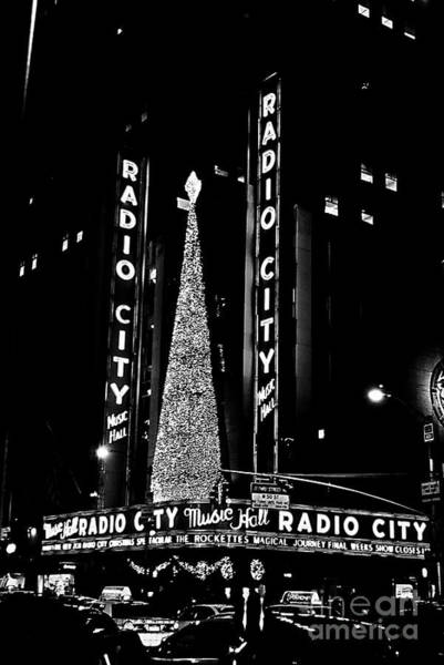 Rockettes Photograph - Radio City Music Hall - B/w by NAJE Foto - Nelly Rodriguez