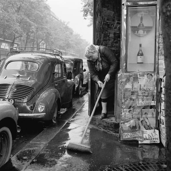 Publication Photograph - Raining Day On Paris In 1955 by Keystone-france