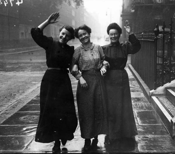 Wave Photograph - Rainy Ladies by Topical Press Agency