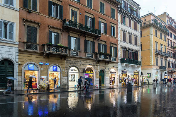 Photograph - Rainy Rome - Via Del Corso Take Two by Georgia Mizuleva