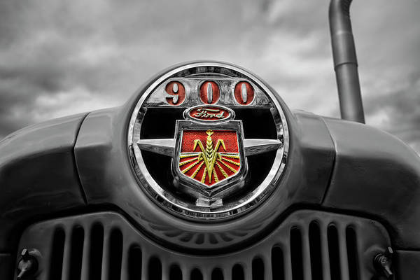 Wall Art - Photograph - Ready For More... Ford Tractor 900 Series by Luke Moore