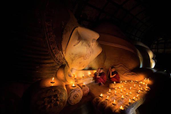Reclining Photograph - Reclining Buddha In Bagan by Www.tonnaja.com