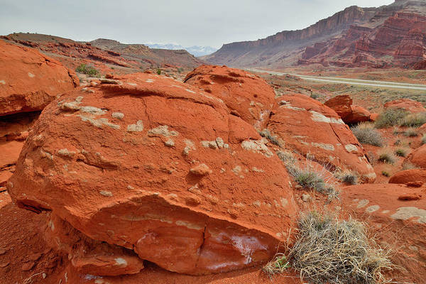 Photograph - Red And White Boulders Of Highway 191 In Utah by Ray Mathis