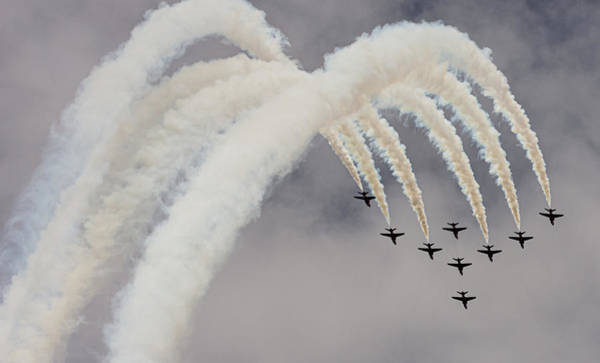 Photograph - Red Arrows Smoke Trails During Loop At Raf Cosford 2019 by Scott Lyons