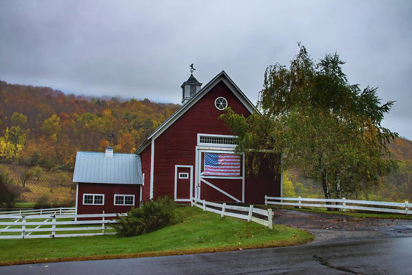 Photograph - Red Barn In Pomfret Vermont by Jeff Folger