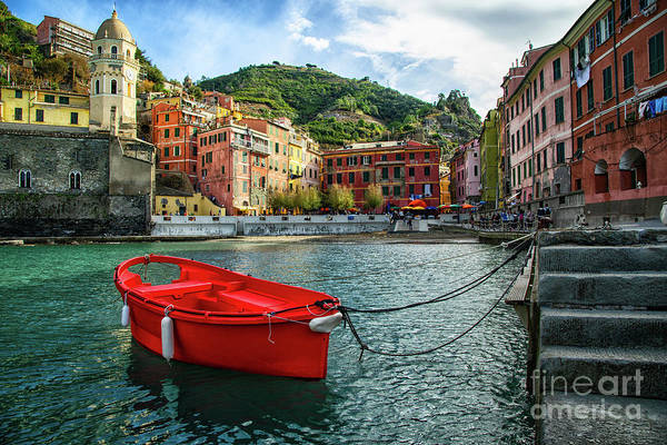 Photograph - Red Boat Vernazza Cinque Terre  by Wayne Moran