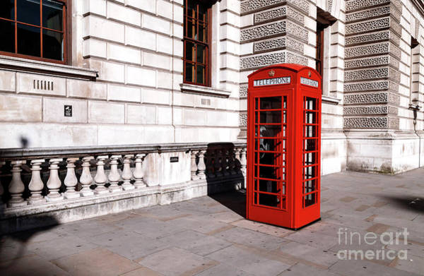 Wall Art - Photograph - Red Booth In London by John Rizzuto