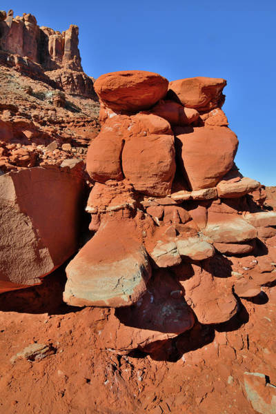 Photograph - Red Rock Castle In Utah by Ray Mathis