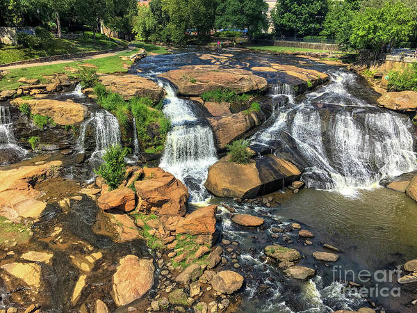 Photograph - Reedy River Falls - Greenville  by Dale Powell