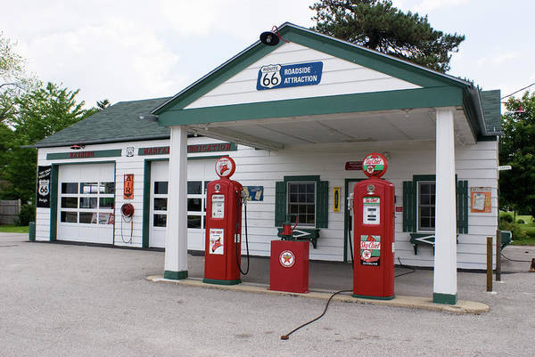 Fossil Fuel Photograph - Restored Ambler Becker Gas Station by Mark Williamson