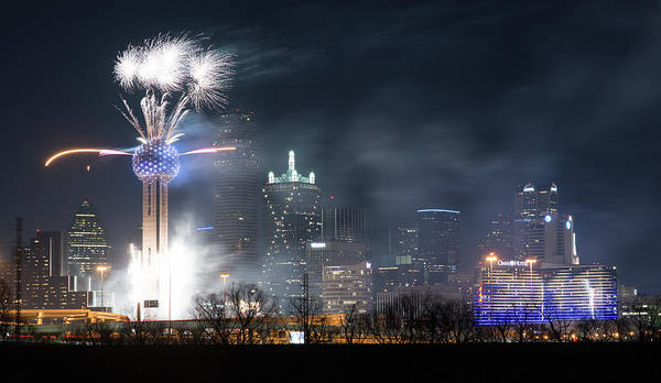 Photograph - Reunion Tower Nye 2019 V4 by Rospotte Photography