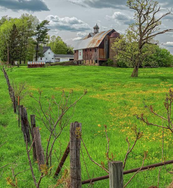 Photograph - Ridgeway Barn by Thomas Hall