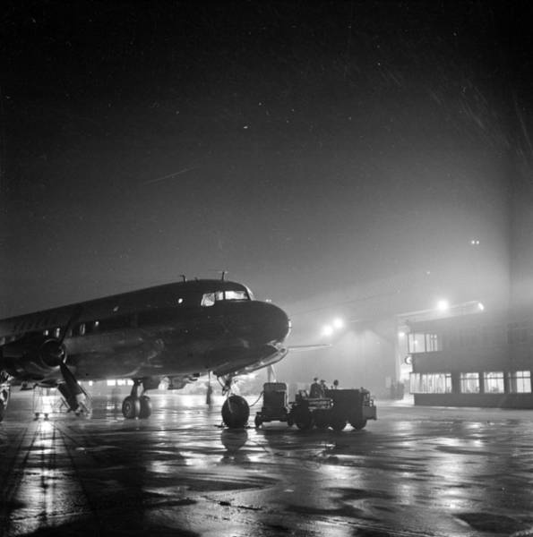Manchester Photograph - Ringway Arrival by Charles Hewitt