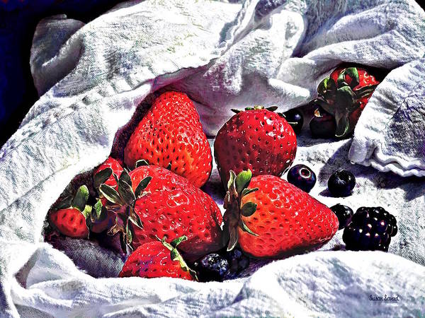 Photograph - Ripe Strawberries by Susan Savad