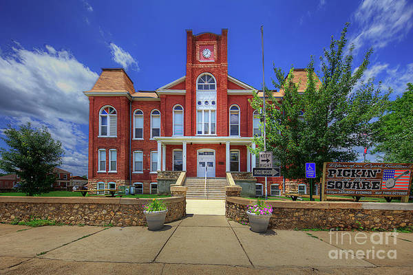 Wall Art - Photograph - Ripley County Courthouse  by Larry Braun