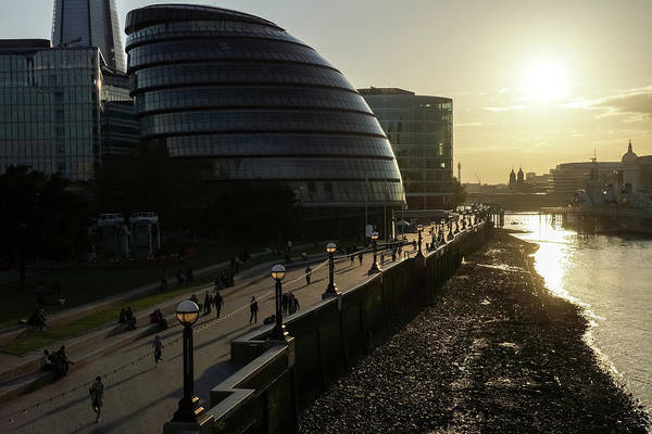 Photograph - River Thames Low Tide Sunset - London City Hall South Bank Southwark London Uk by Georgia Mizuleva