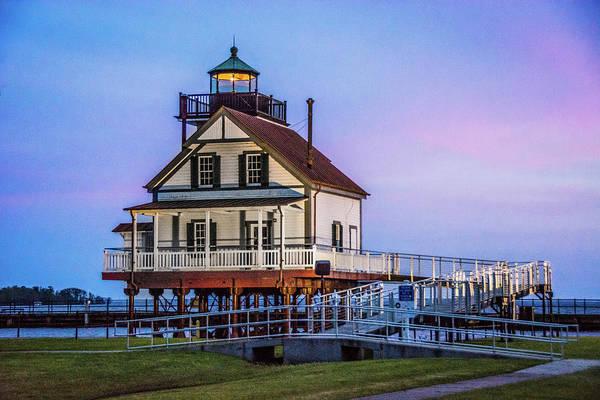 Wall Art - Photograph - Roanoke River Lighthouse by Linda Eszenyi