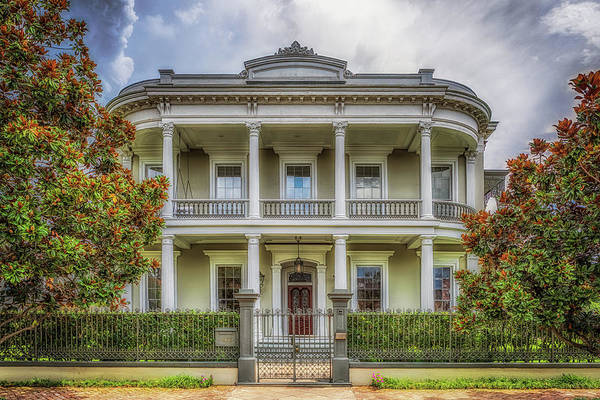 Photograph - Robinson House by Susan Rissi Tregoning