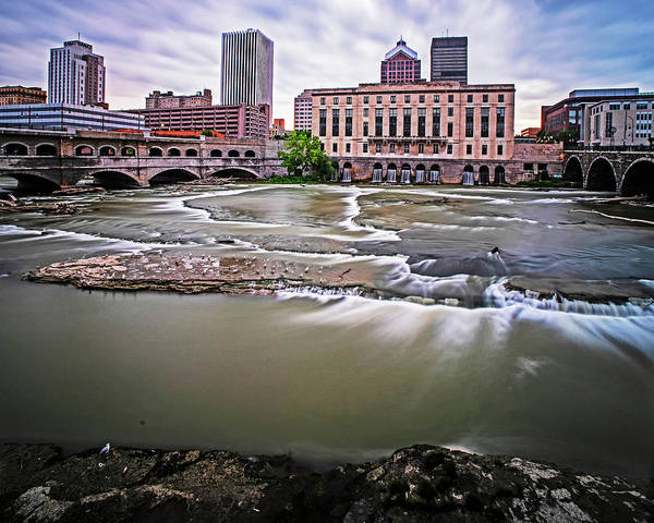 Photograph - Rochester Ny Court Street Bridge Flowing Water by Toby McGuire