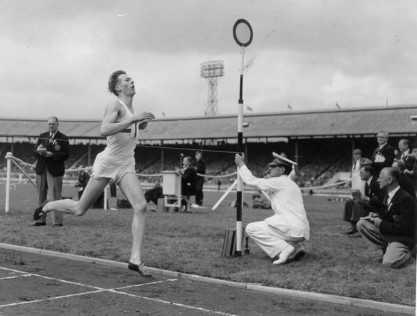 Sport Photograph - Roger Bannister by L. Blandford