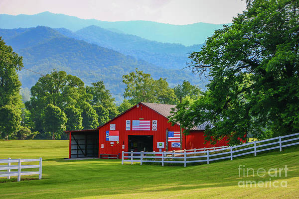 Photograph - Rolling Field Barn by Tom Claud