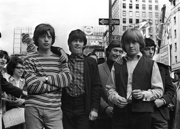 Photograph - Rolling Stones by William Lovelace