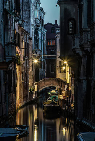 Venezia Wall Art - Photograph - Romantic Evenin In Venice by Jaroslaw Blaminsky