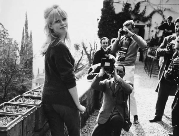 Rome, Brigitte Bardot And Photographers Art Print