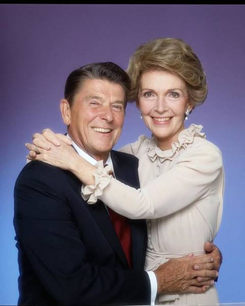 Us President Photograph - Ronald And Nancy Reagan Portrait Session by Harry Langdon