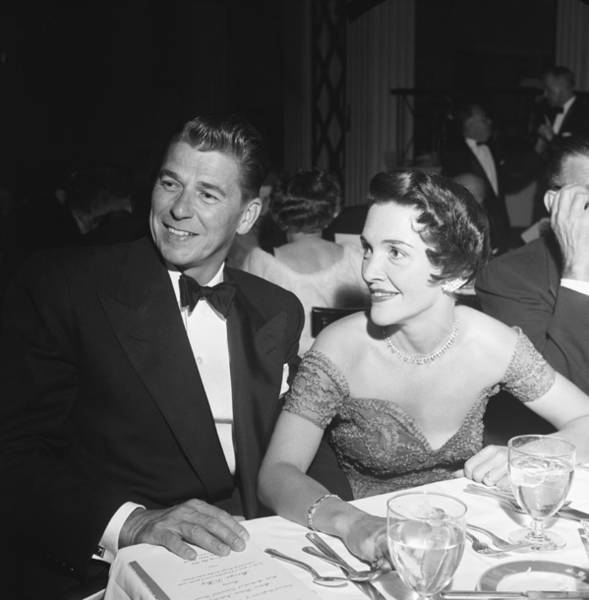 Us President Photograph - Ronald Reagan With Wife Nancy by Michael Ochs Archives