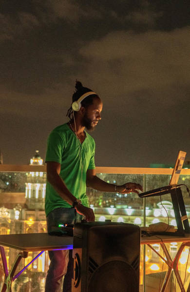 Photograph - Rooftop Dj by Tom Singleton