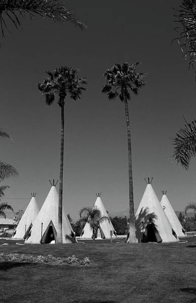 Photograph - Route 66 - Wigwam Motel 2007 Bw by Frank Romeo