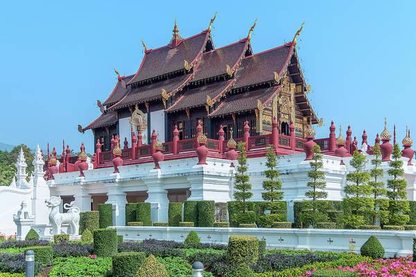 Photograph - Royal Park Rajapruek Grand Pavilion Dthcm2606 by Gerry Gantt