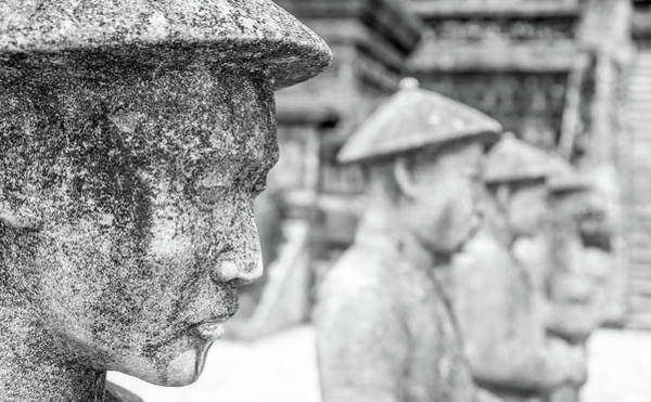 Photograph - Royal Tomb Heads Hue by Gary Gillette