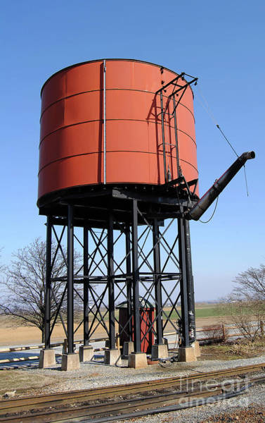 Rr Photograph - Rr Water Tank by Skip Willits