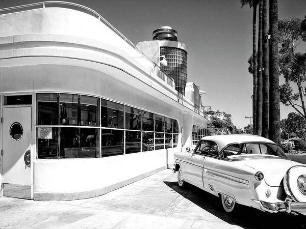 Wall Art - Photograph - Ruby's Diner by Dominic Piperata