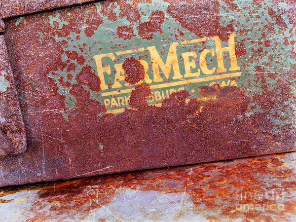 Photograph - Rusted Toolbox by Carol Groenen