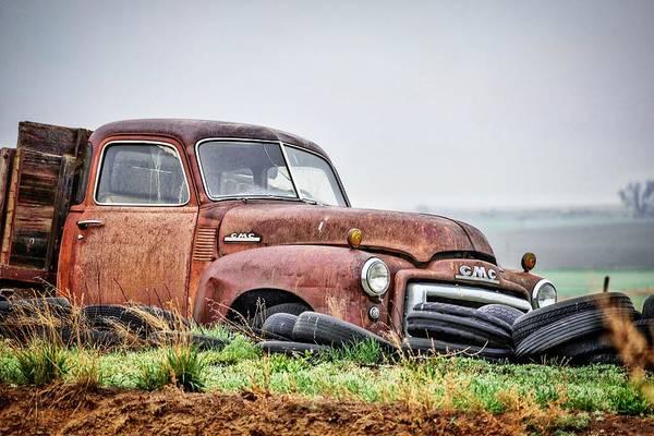 Wall Art - Photograph - Rusty Gmc Truck by Christopher Thomas