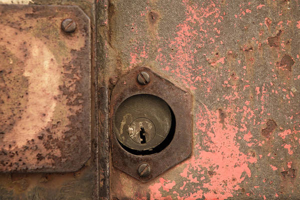 Mfa Wall Art - Photograph - Rusty Lock by Iris Richardson
