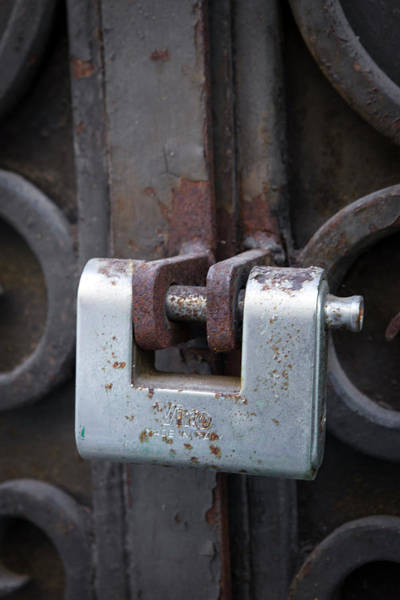Mfa Wall Art - Photograph - Rusty Silver Lock by Iris Richardson