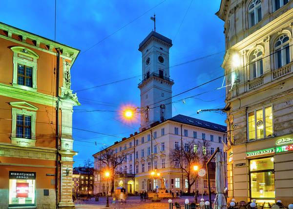Photograph - Rynok Square by Fabrizio Troiani