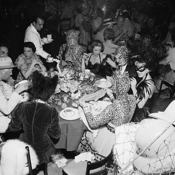 Photograph - Safari Party by Slim Aarons