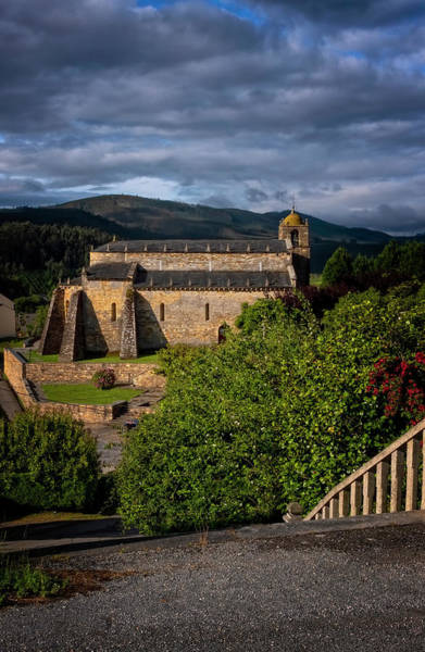Photograph - San Martino Bascilica by Tom Singleton