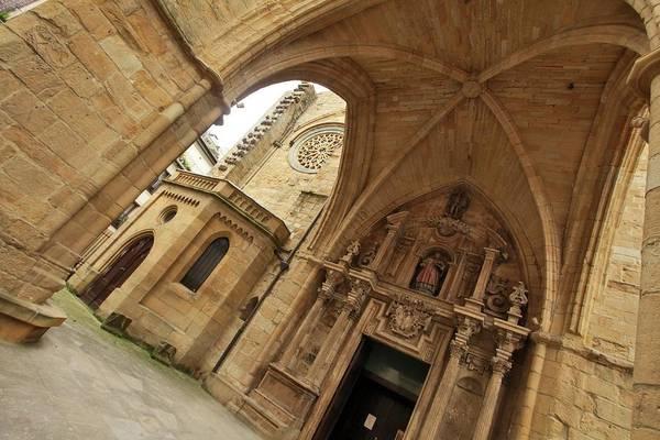 San Sebastian Photograph - Sant Vincents Church by Sergi Albir / Archerphoto